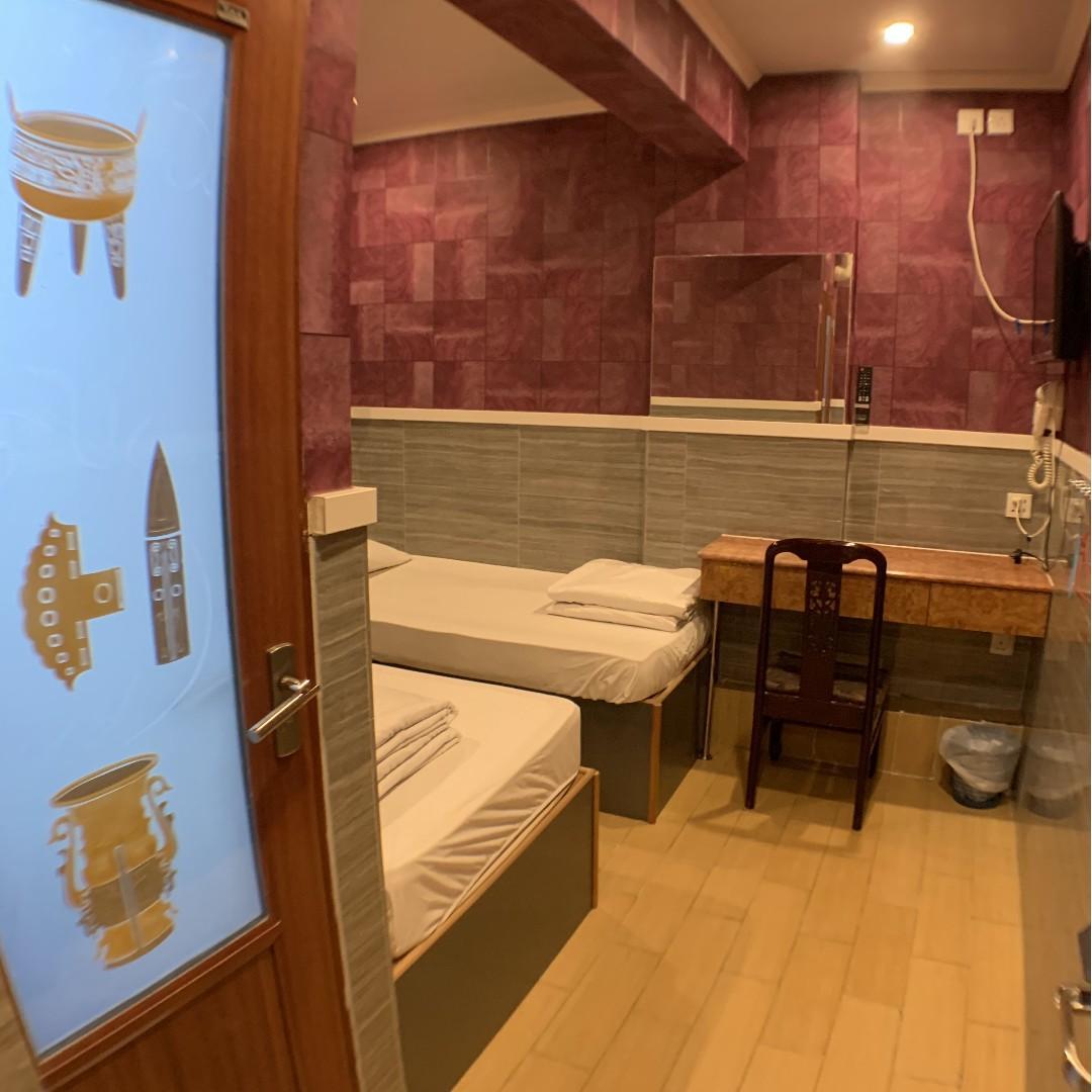 樓下連接尖沙咀站D2出口,月租套房出租3000單人房,保證獨立洗手間。詳情可Whatsapp : 96384111