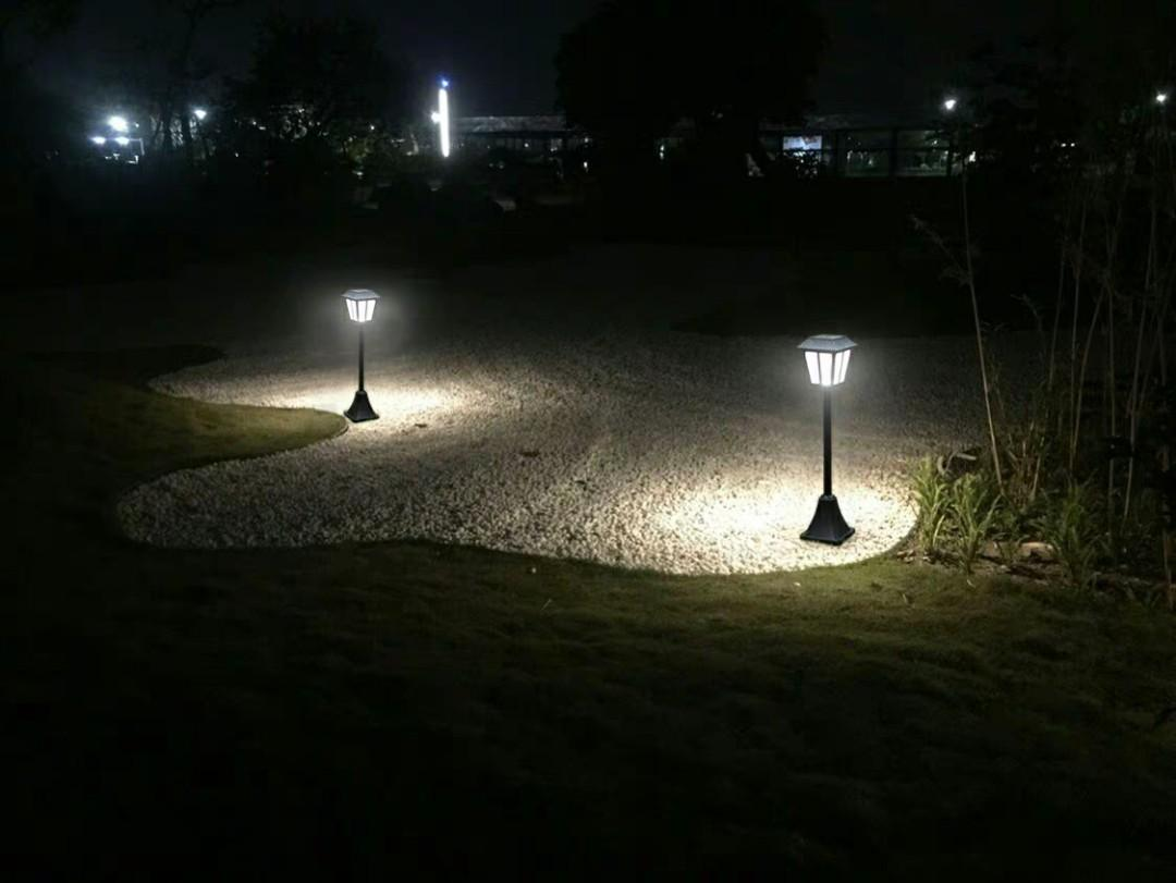 🌇太陽能家用超亮户外庭院草坪燈 室外防水花園别墅景觀插地燈 80*76公分 有單白 黃 七彩可選