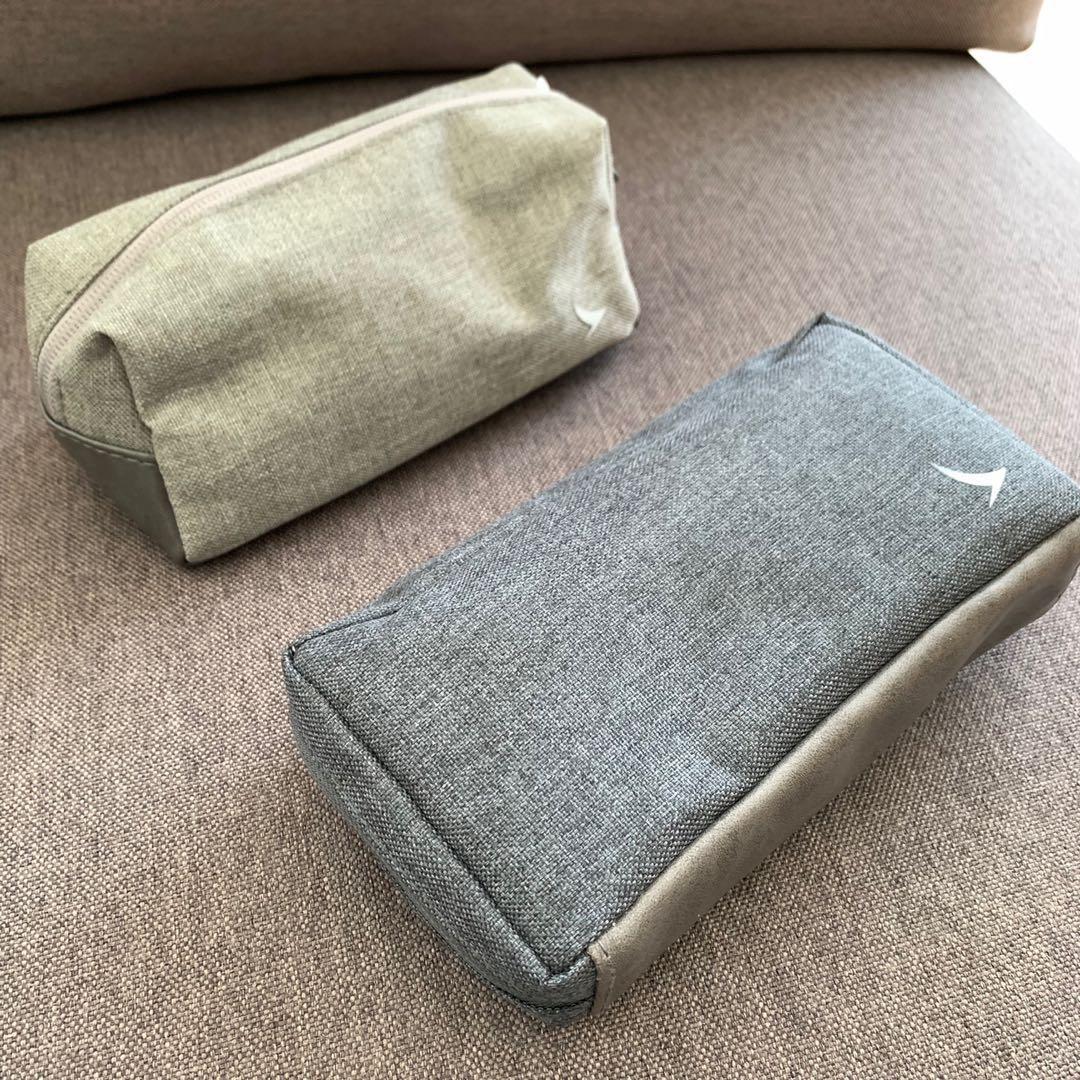 全新 未開封 (for 2) Cathay Pacific CX Business Class grey Fabric+Leather travel Amenities Kit Bag Pouch~Jurlique skin care 國泰航空商務艙化妝/多用袋