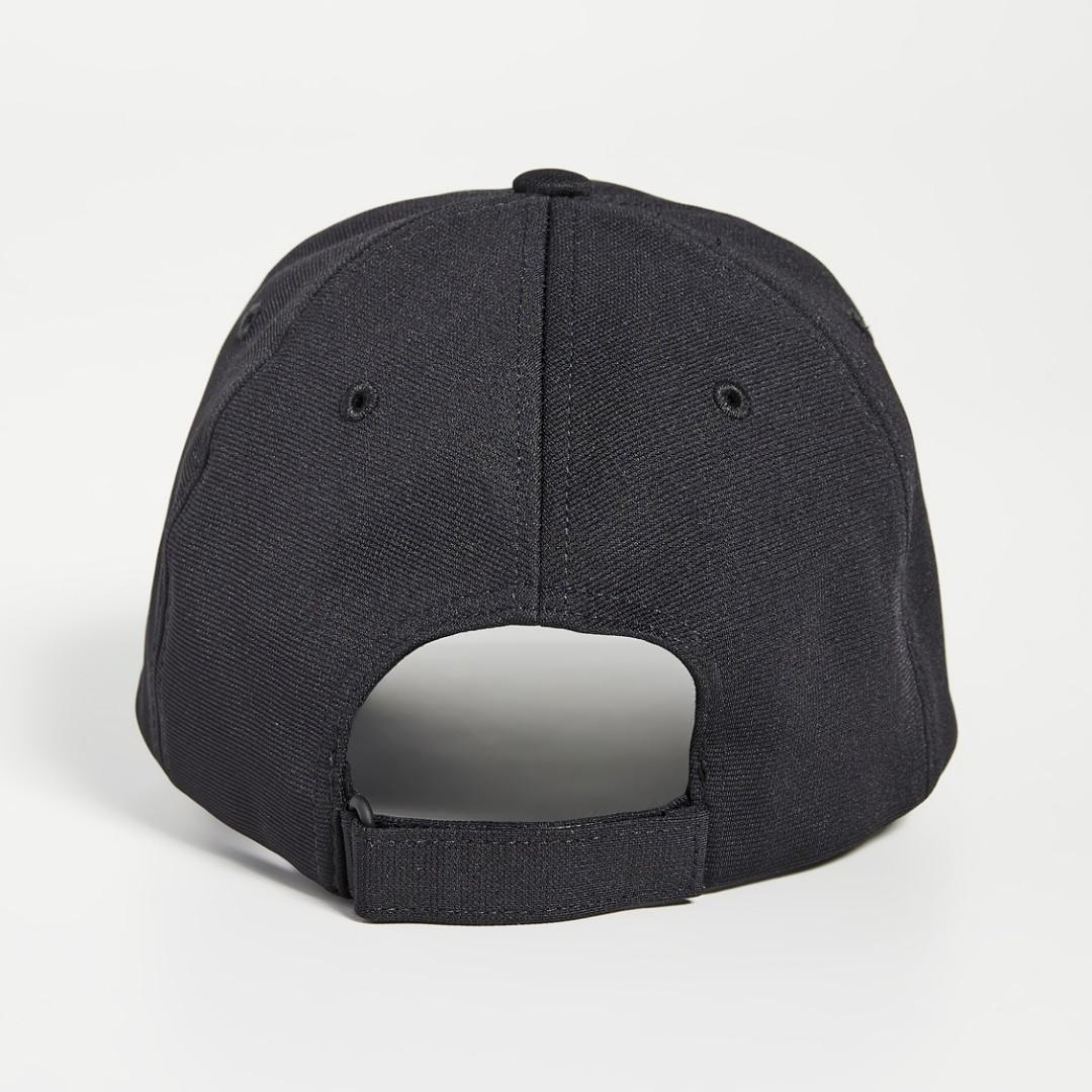 不敗時尚經典 ! Y3 棒球帽、鴨舌帽 ~ 限量變繡版 ! 只有兩頂 !