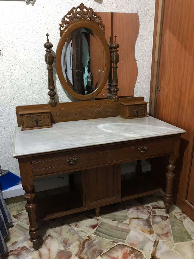 Antique Dressing Table With Mirror Furniture Tables Chairs On Carousell