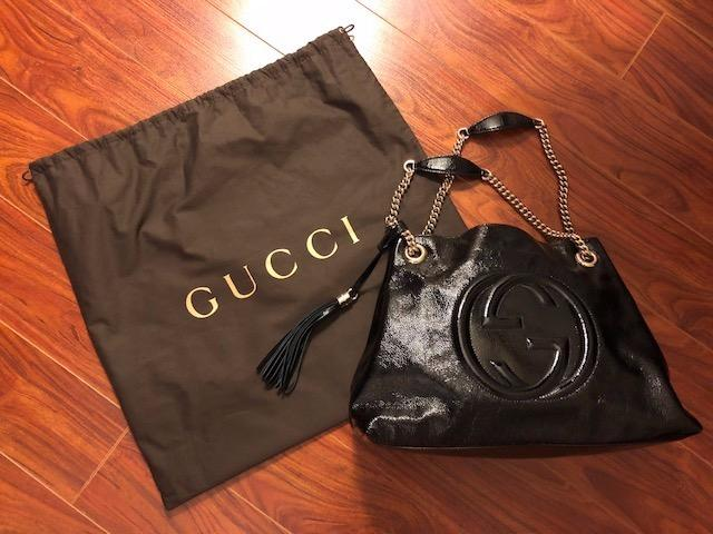 Authentic GUCCI Black Leather Shoulder Bag (like brand new)