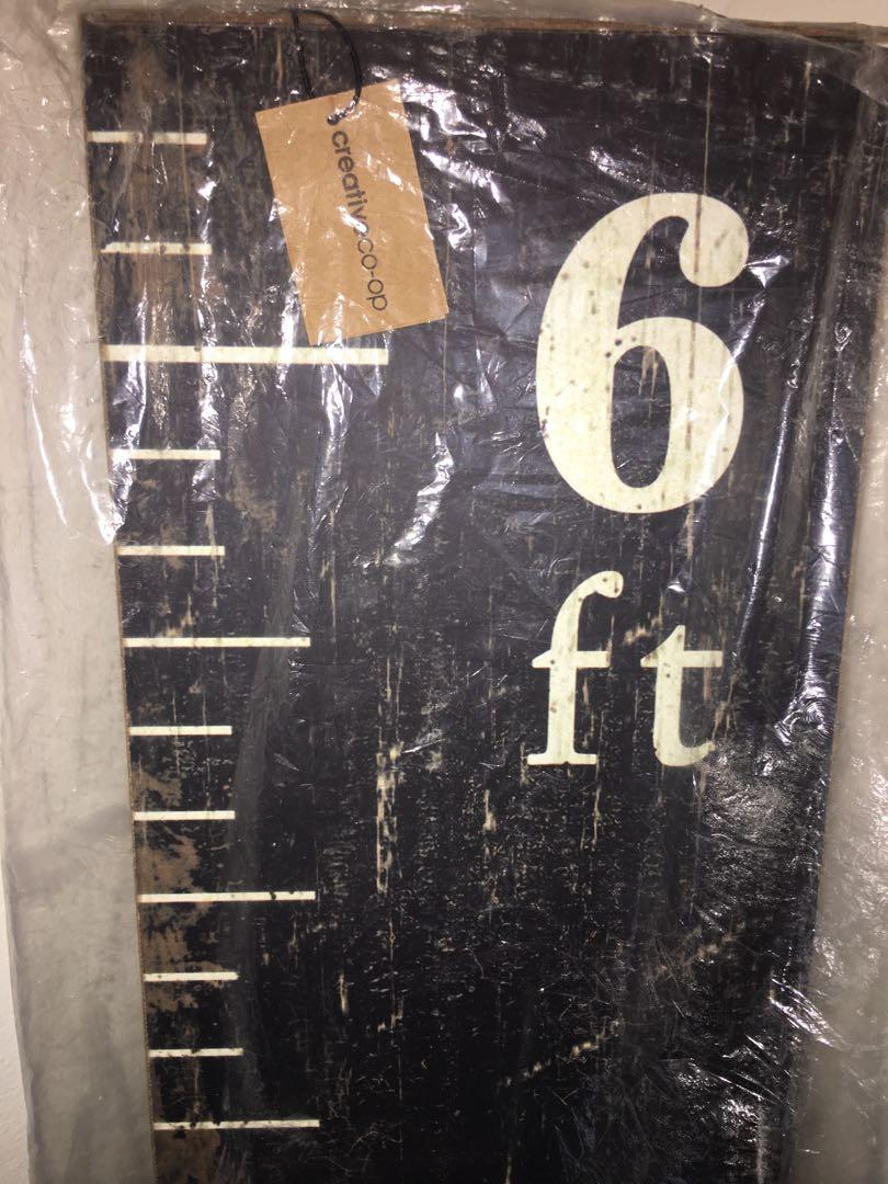 Brand new with tags Crispín MDF ruler growth chart