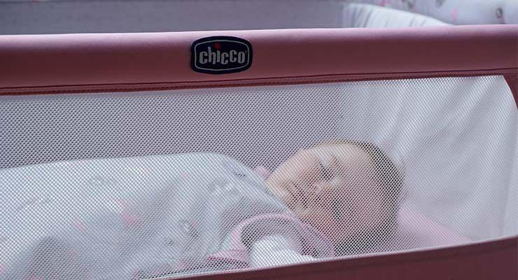 Chicco Next to Me 多功能移動舒適 嬰兒床/床邊床