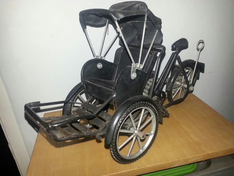Display  tricycle