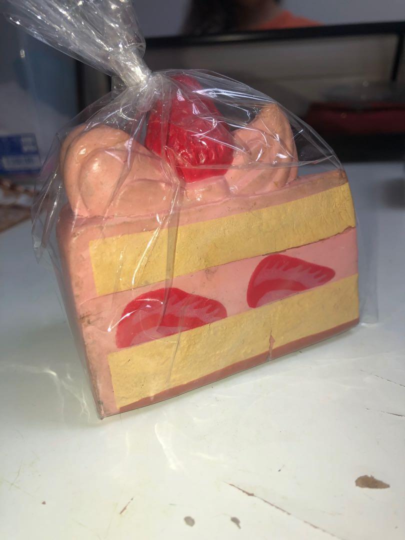 i-bloom shortcake squishy ( strawberry ) ‼️RARE‼️