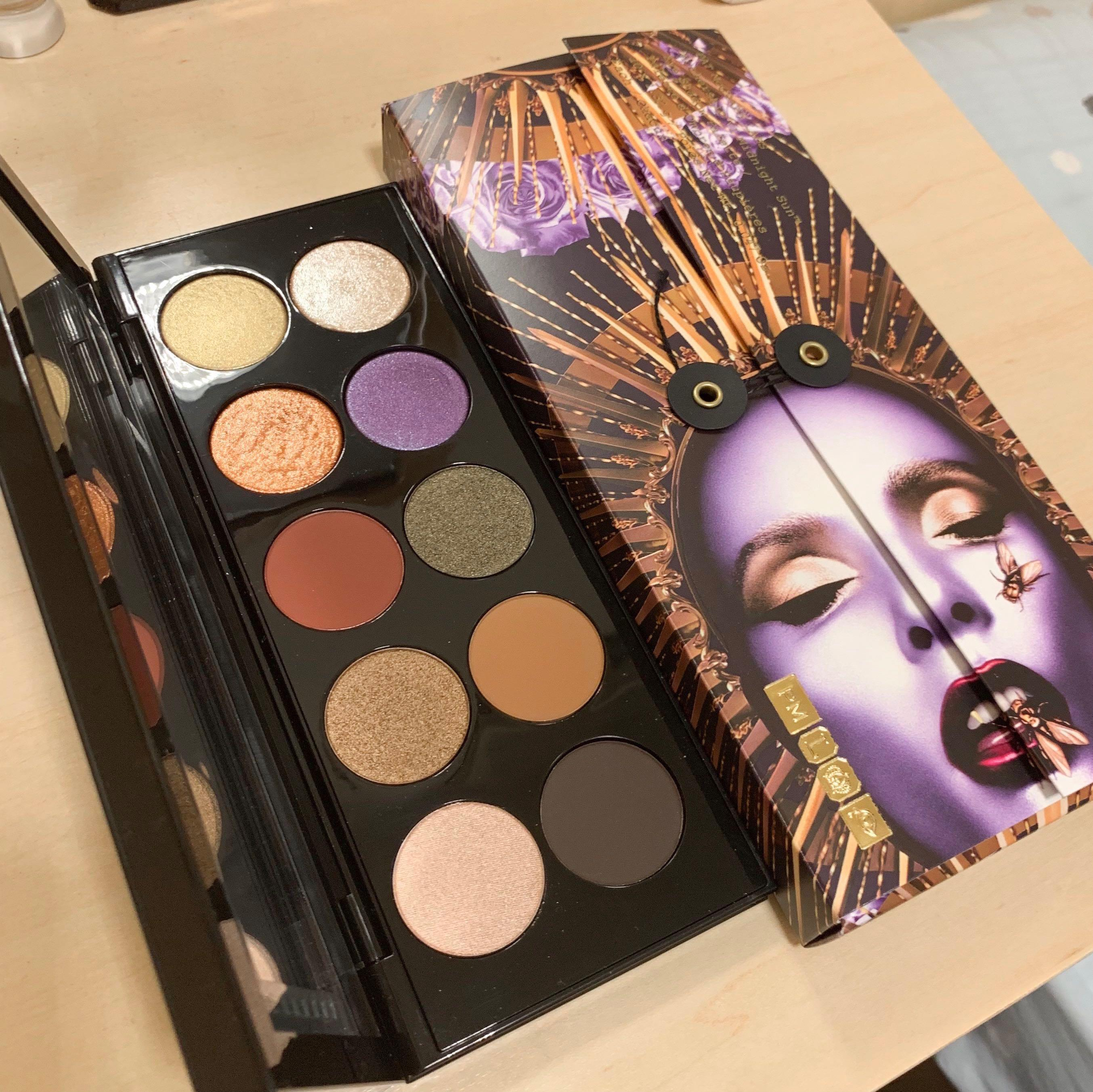 Pat McGrath mothership vi Midnight Sun palette