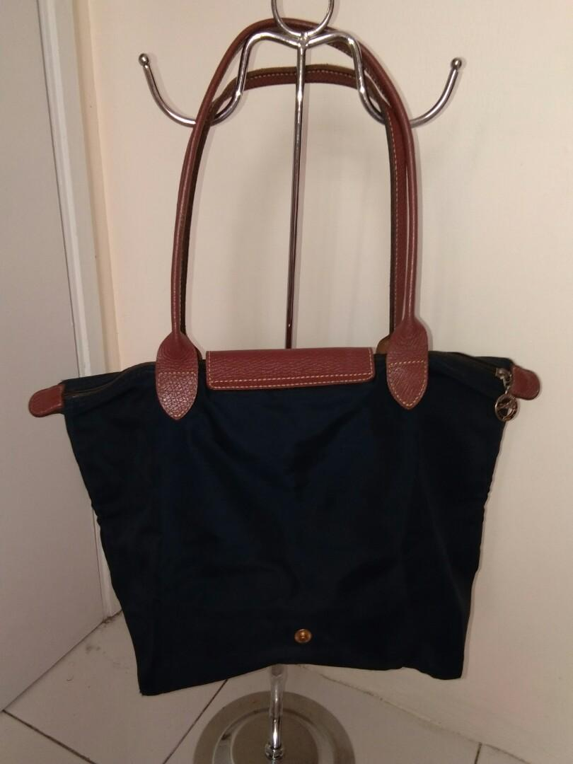 Preloved authentic Longchamp Le Pliage Short Long Handle warna navy blue