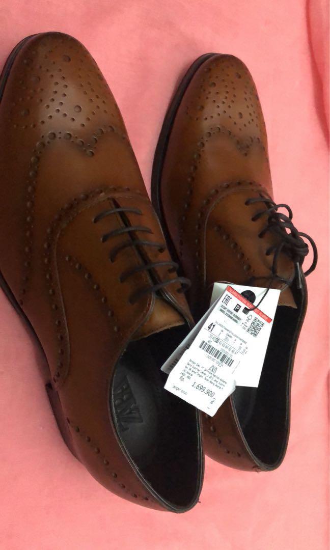 Sepatu zara leather