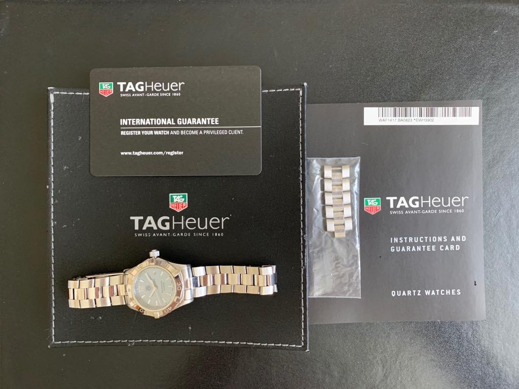 TAG Heuer Aquaracer Ladies Watches, 27mm Quartz Movement, Stainless Steel Material, Mother of Pearl Dial
