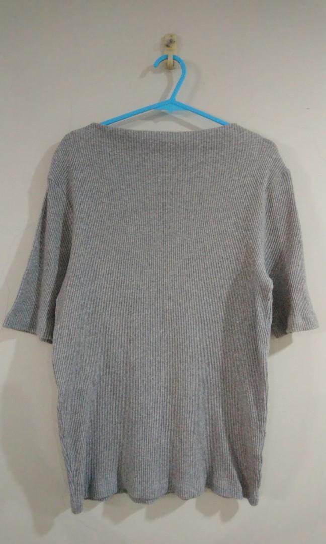 Uniqlo 羅紋船型領t恤
