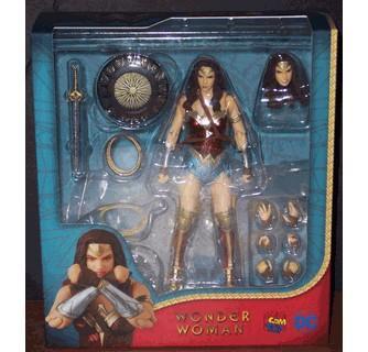 Wonder Woman Mafex Princess Diana