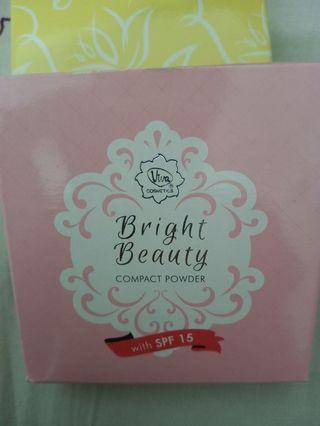 Viva Bright Beauty Compact Powder with SPF 15