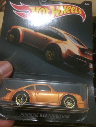 Hot Wheels Exotic Porsche 934 Turbo RSR
