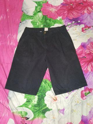 Celana Pendek Hitam george size 32