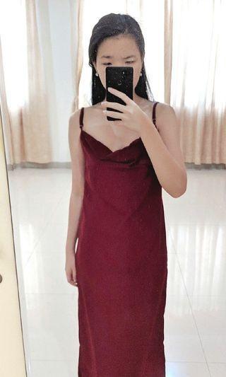 Long Dress Satin Merah Maroon Tebal Halus