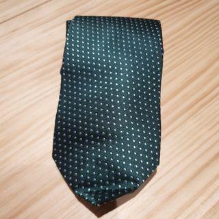 綠色佐銀白點領帶