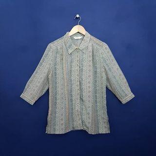 K881 Size XL Kemeja Vintage Wanita Premium by tihnic Japan