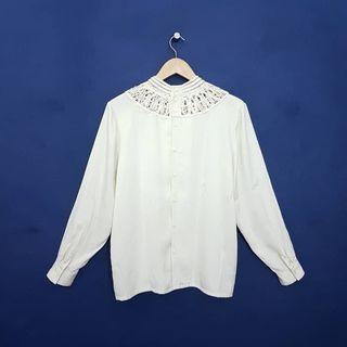 K897 Size L-LL Atasan Blus Premium Putih BW Salur Sateen Branded