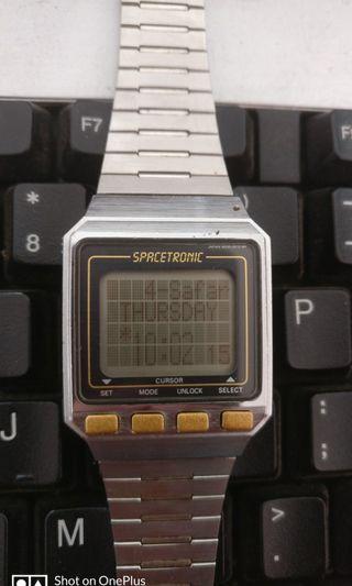 Vintage seiko spacetronic islamic watches