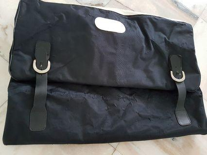 Bag for Putting Suits