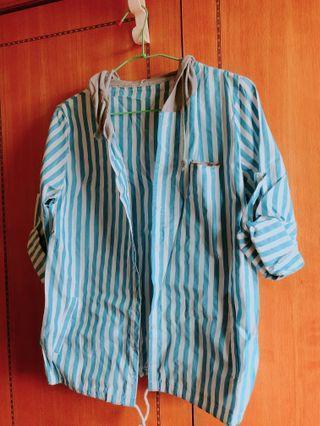 藍條紋襯衫
