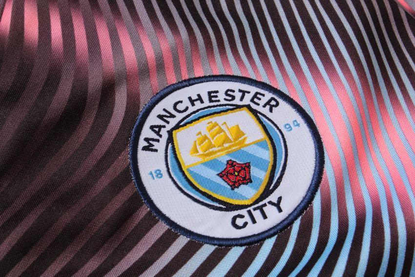 19/20 Manchester City jacket set