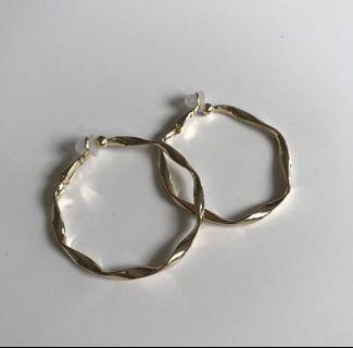 全新  韓國夾式耳環 金色波浪圈圈 夾式 耳環