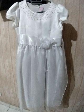 Dress Putih 12th