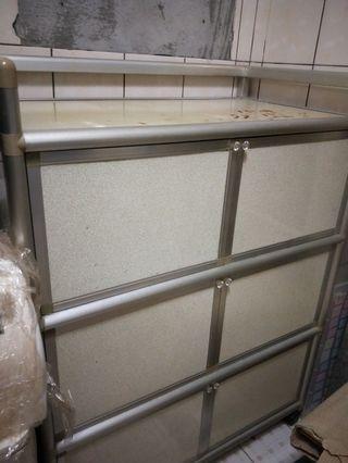 白色六門電器廚櫃
