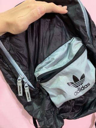 Adidas可收納防潑水後背包