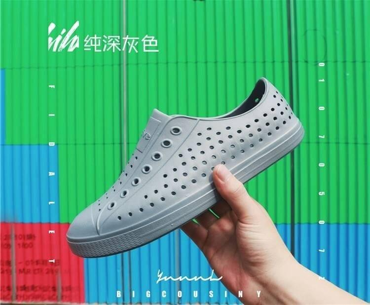 透氣輕軟防滑雨鞋