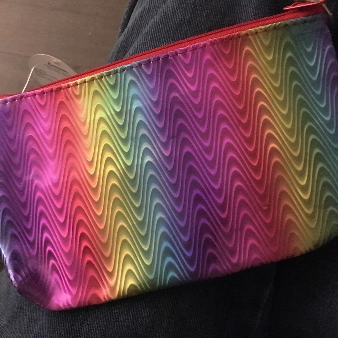 加拿大代購  彩虹化妝包