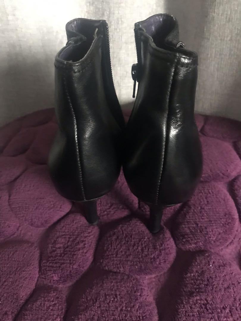 Artemis Black Short Boots