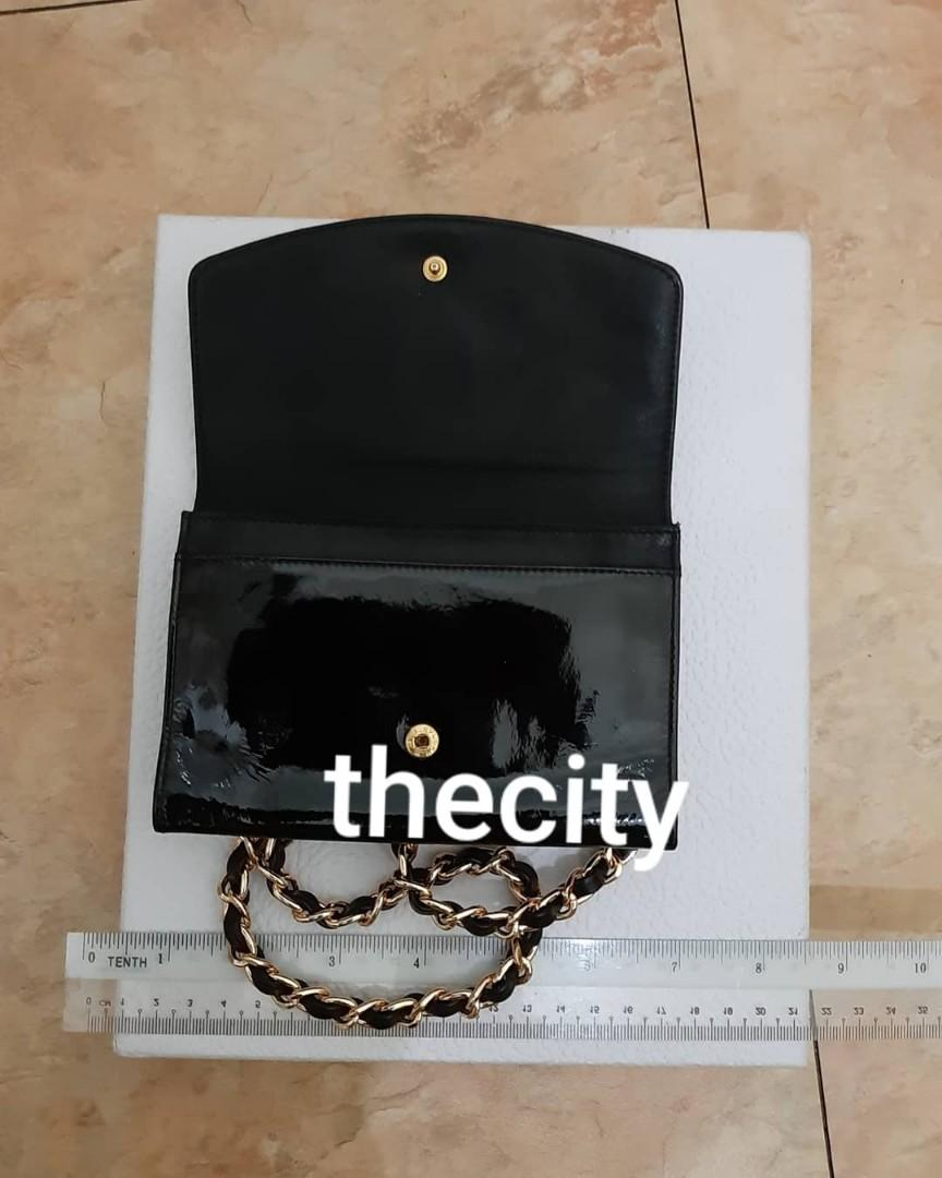 AUTHENTIC CHANEL ORGANIZER POUCH/ WALLET - SHINY BLACK PATENT LEATHER- CC LOGO DESIGN - HOLOGRAM STICKER INTACT, WITH AUTH CARD - GOLD HARDWARE - WITH EXTRA ADD. HOOKS & LONG CHAIN STRAP FOR CROSSBODY SLING - CLEAN INTERIOR - ZIP PULL CAN BE REPLACED