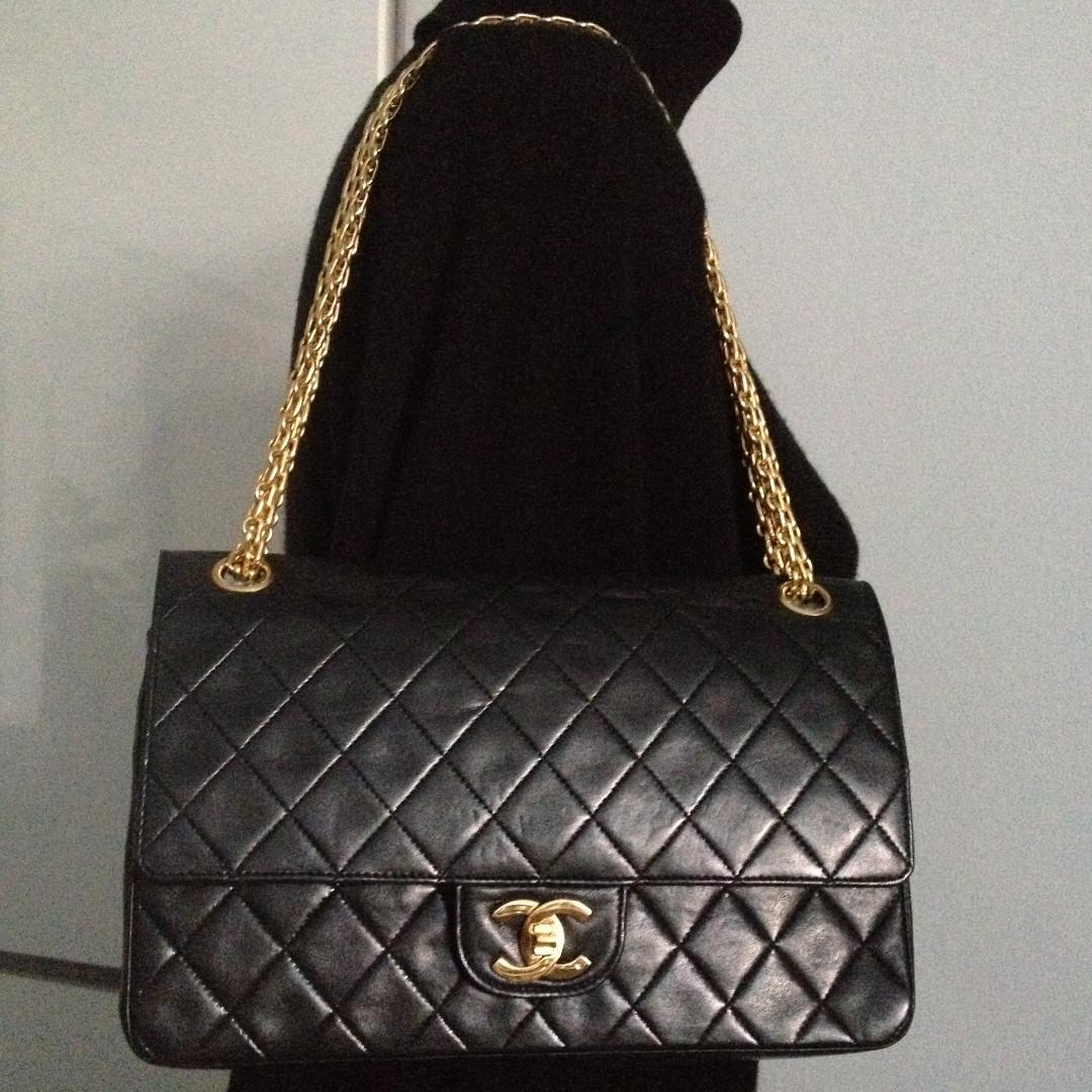 CLASSIC CHANEL Black Quilted Lambskin Reissue Gold Chain Medium Double Flap Bag