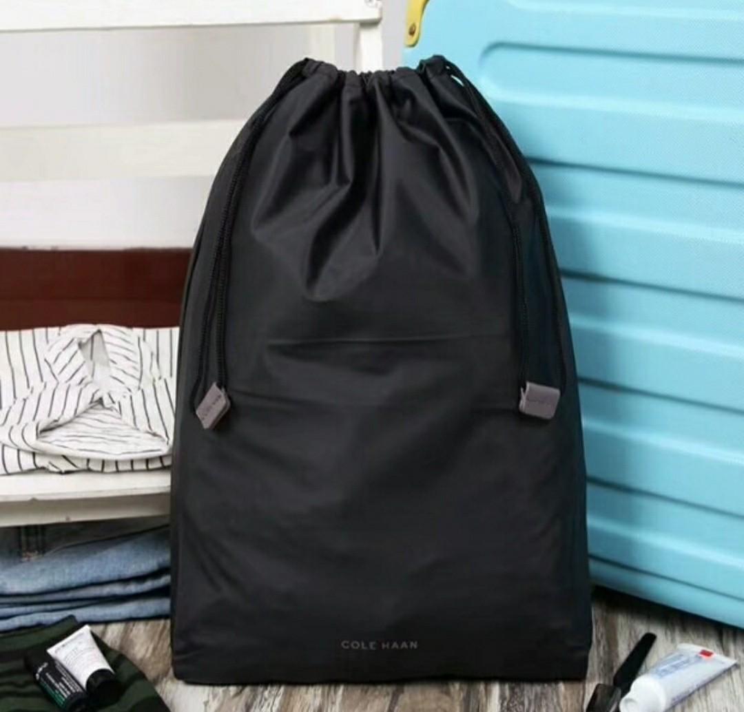 salir Punto muerto oportunidad  Cole Haan waterproof drawstring bag toiletries wetbag - not speedo zip Tyr  arena sport, Luxury, Accessories, Others on Carousell