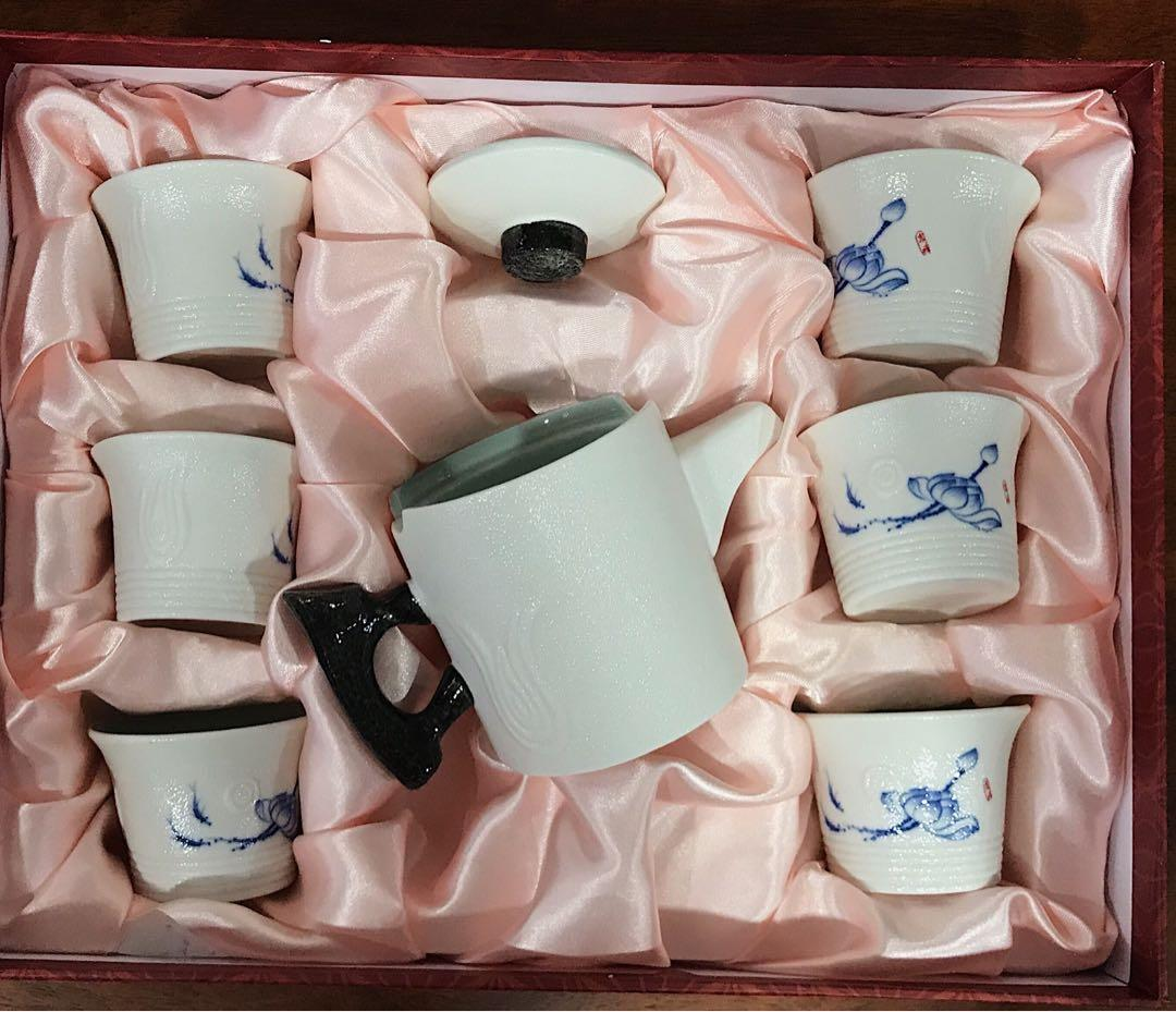 Exclusive Tea Set
