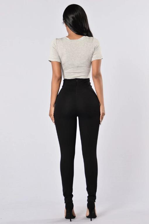 FASHION NOVA Black Skinny High Rise Pants - Size Small - Brand New