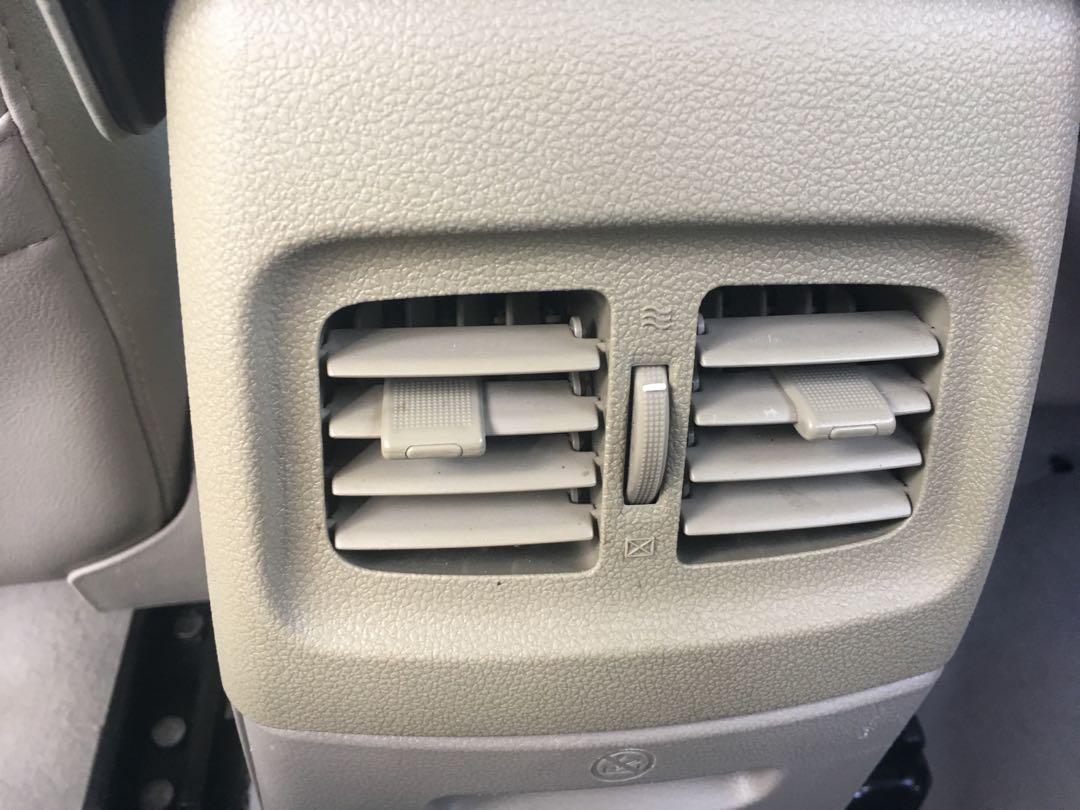 FORD FOCUS 1.8 四門 頂級 天窗 電動椅 雙安 恆溫 代步車好選擇 輪胎超新 無須整理 內容有詳細照片