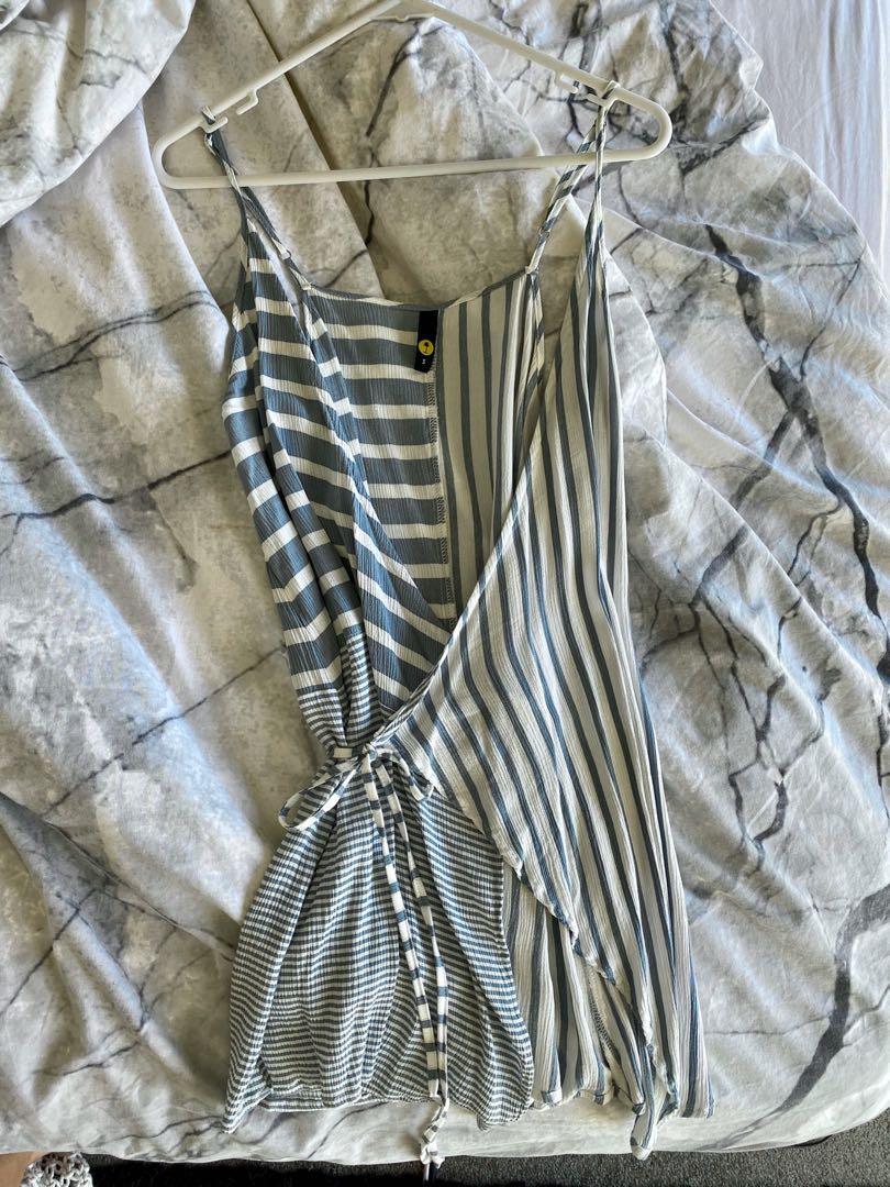 FREE POSTAGE - Summer stripe tie up dress - size S