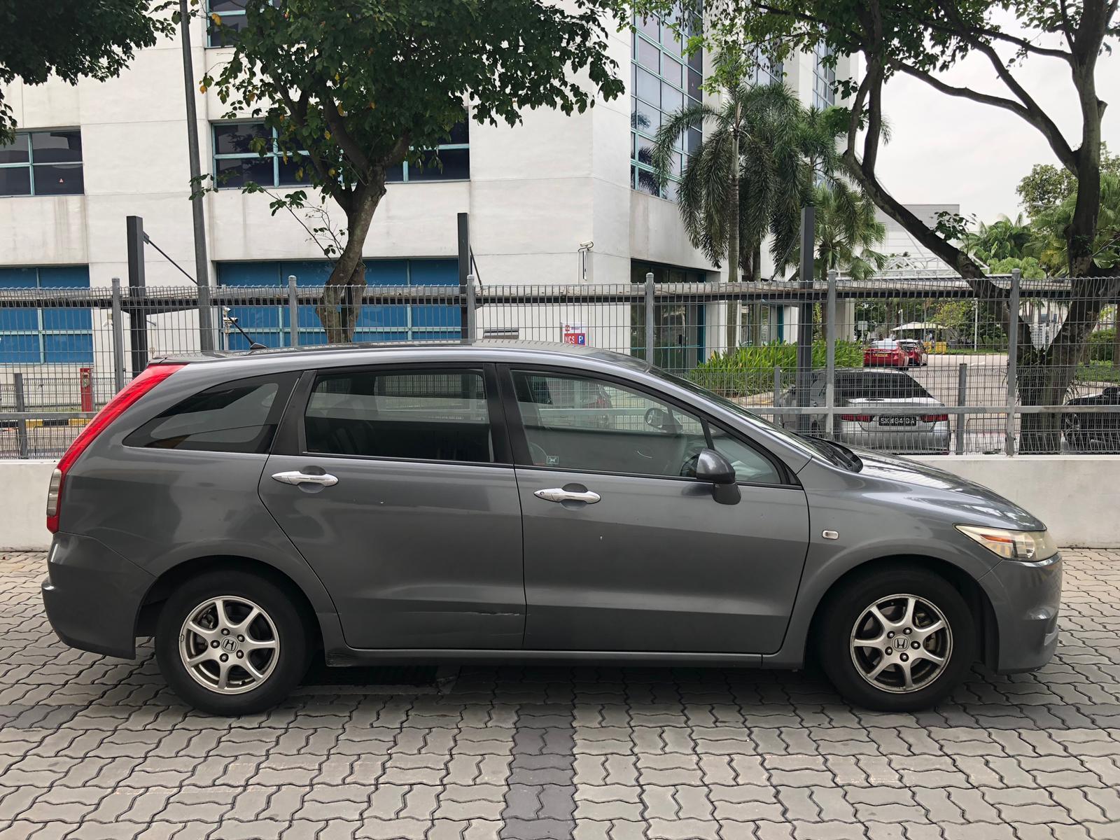 HONDA STREAM ($250 after gojek rebate)cheapest rental toyota altis allion camry hyundai avante conti cars suitable for grab gojek n personal use.