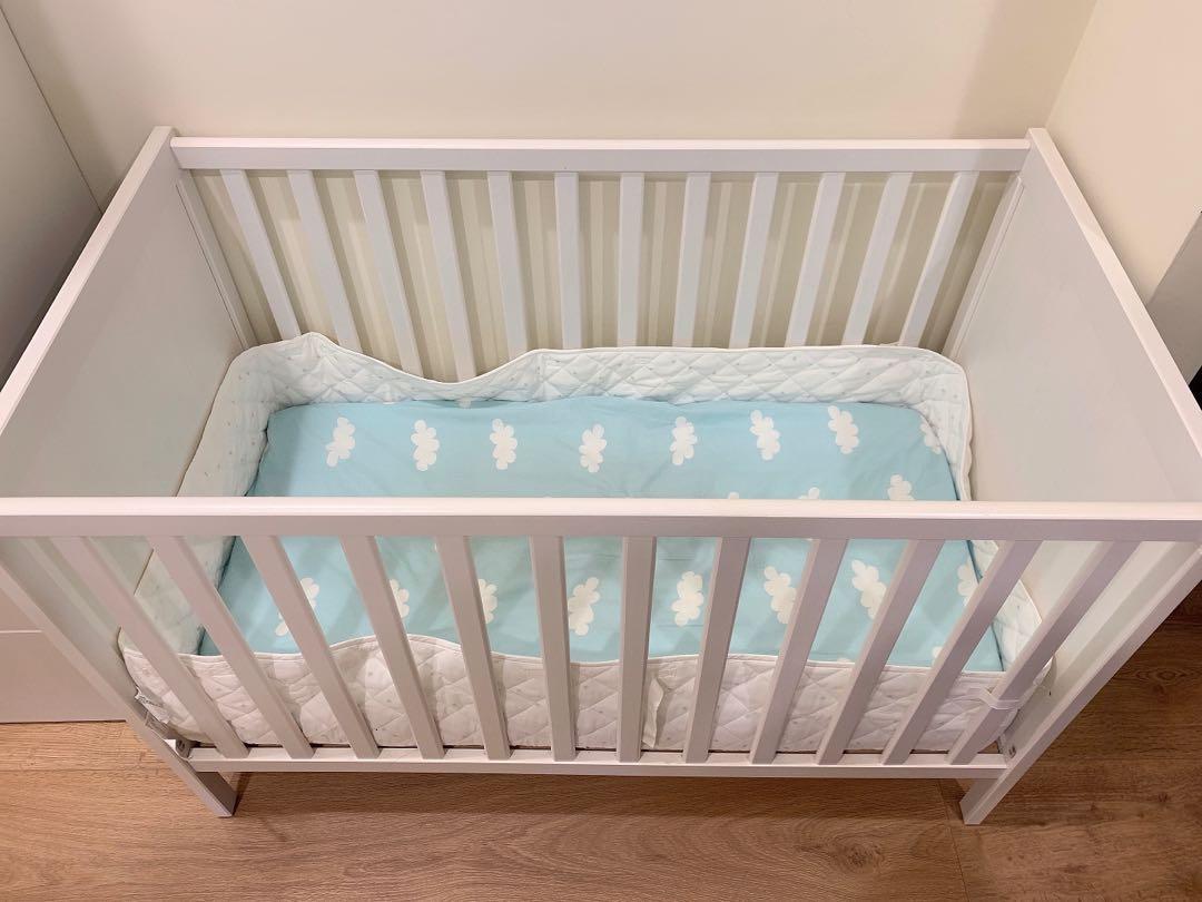 Ikea SUNDVIK 嬰兒床