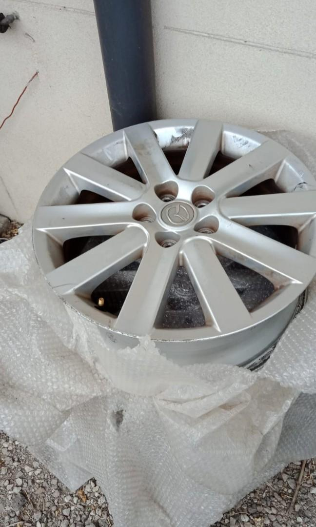 Mazda 3 MPS 18 inch Rim's. Great condition except one has scratches