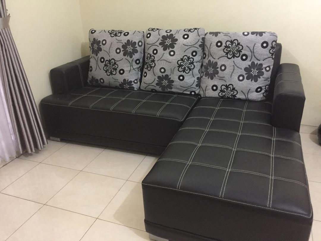 Sofa tamu L