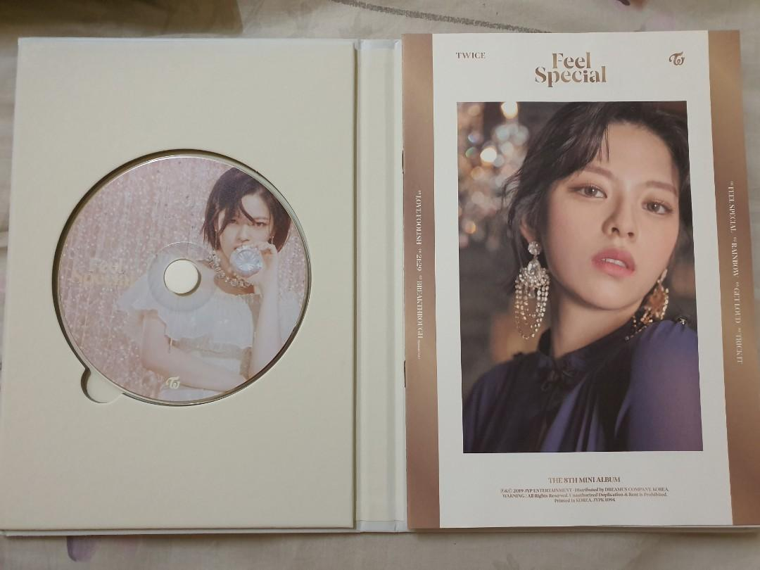 TWICE Jeongyeon disc and lyric book Feel Special set