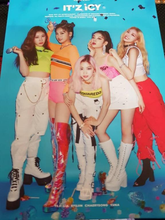 [WTT] - Itzy Album & Photocard