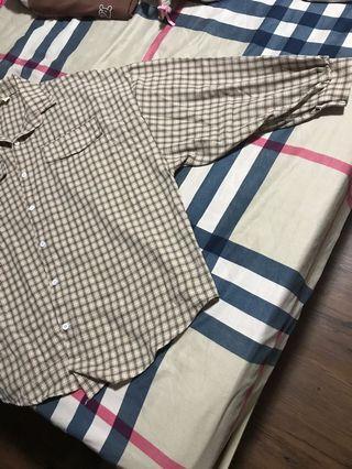 格子襯衫泡泡袖
