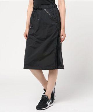 全新正品nike女七分裙S,M,L號