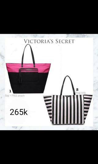 #visitsingapore woman bag